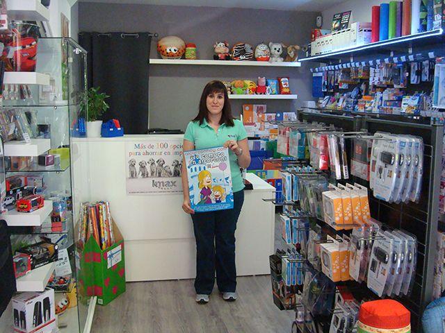 Ana Belén de Consumibles Co and Co Alcorcón en Pza. Constitución 25 (Valderas) te hace sentir este miércoles a todo color