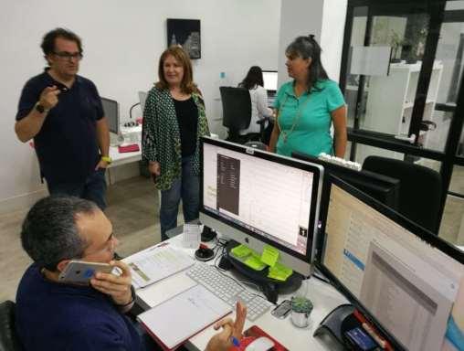Natalia de Andrés visita el Coworking Dream-Soft de Alcorcón