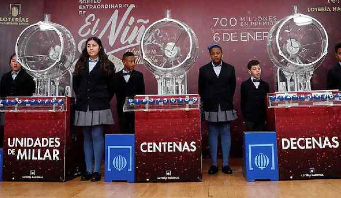 La Asociación San José de Valderas reparte 66.000 euros en la Lotería del Niño
