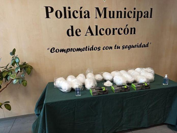 La policía de Alcorcón entregará 36.000 mascarillas