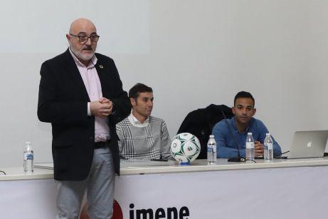 """""""Comparto con los clubes deportivos de Alcorcón la preocupación por el futuro"""""""