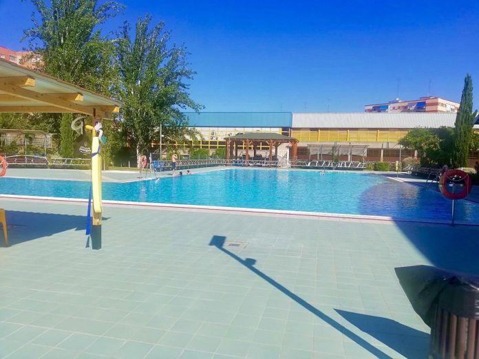 portada-piscina-loscantos