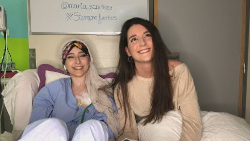 Los Bomberos de Alcorcón con María y contra el Sarcoma de Ewing