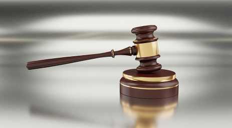 La condena la ha realizado el Tribunal Supremo. Dos años de cárcel por matar a una bebe en Alcorcón zarandeándola.