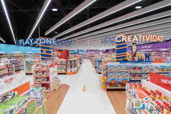 """Toys """"R"""" Us inaugura nueva tienda en Alcorcón"""
