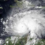 ハリケーンマシューの衛星画像が悪魔が笑っているようだと話題に!