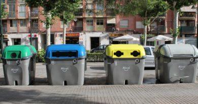 vandals set fire to alcoy rubbish bins