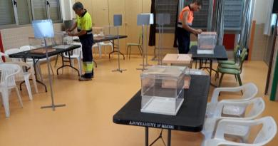 voting-in-alcoy-local-and-european-elections