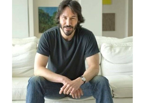 People-you-cannot-hide-from-your-poison..-Keanu-Reeves-Online-CRASHES-The-Internet