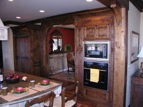 Knotty Alder Kitchen With A Walnut Stain