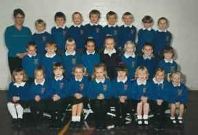 Mrs Woodcock's Class 2000/2001.