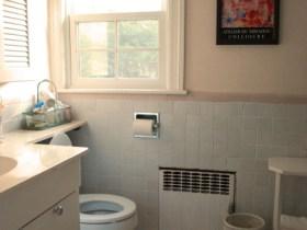 Guest Bathroom Newton B&B