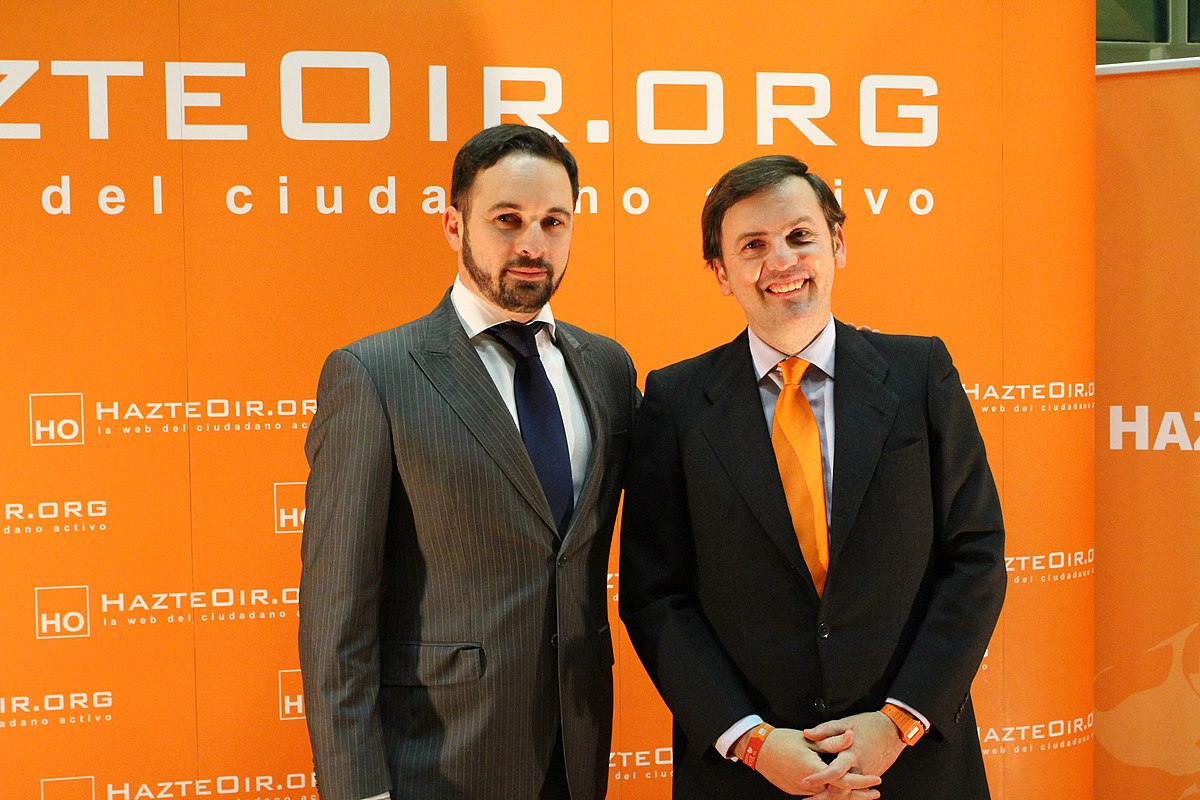 Santiago Abascal, líder de Vox, en la Ceremonia de entrega de los Premios HazteOir.org 2012, asociación tapadera de El Yunque. Autor: Contando Estelas, Madrid, 15/12/2012. Fuente: Flickr ( CC BY-SA 2.0)