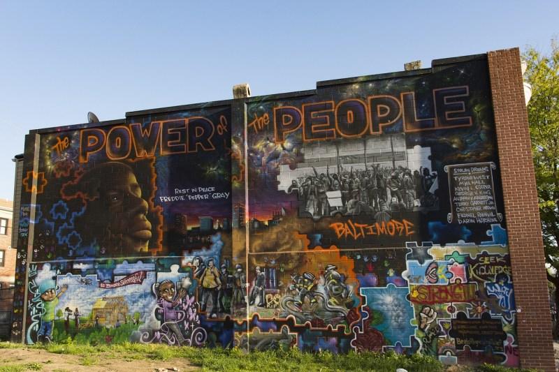Mural sobre Freddie Gray en Baltimore https://www.needpix.com/photo/download/655103/baltimore-mural-art-artwork-freddie-gray-architecture-aspects-visual-maryland