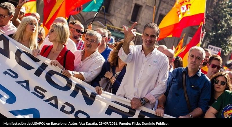 Manifestación de JUSAPOL en Barcelona. Autor: Vox España, 29/09/2018. Fuente: Flickr. Dominio Público.
