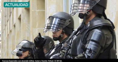 Fuerzas Especiales con atuendo militar. Autor y fuente: Pxfuel. CC BY-SA