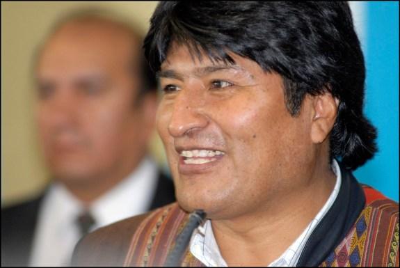 El expresidente Evo Morales en una foto de archivo. Autor: Alain Bachellier, 14/05/2006. Fuente: Flickr. (CC BY-SA