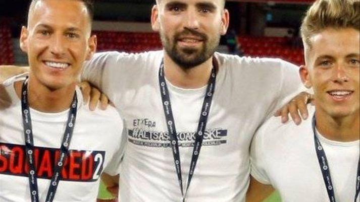 Unai Etxebarria, con la camiseta de apoyo a los detenidos en Alsasua.                                       Autor y fuente: elDiario.es (CC BY-NC 2.0.)