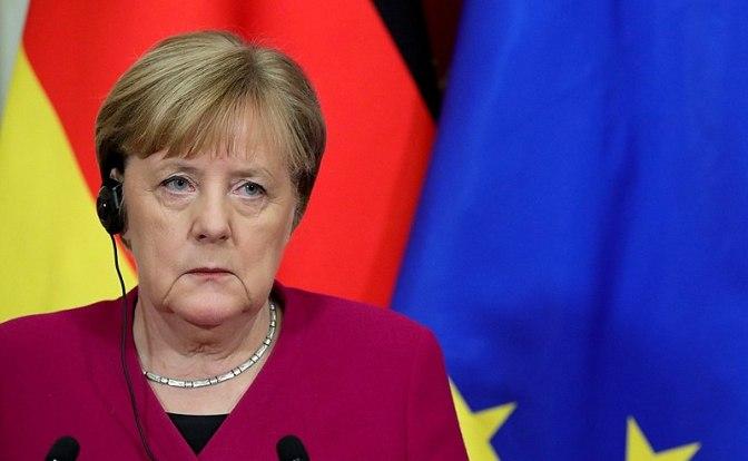 Angela Merkel, respondiendo a las preguntas de los periodistas. Autor: Russian Presidential Executive Office of kremlin.ru, 11/01/2020. Fuente: kremlin.ru/ (CC BY 4.0.)