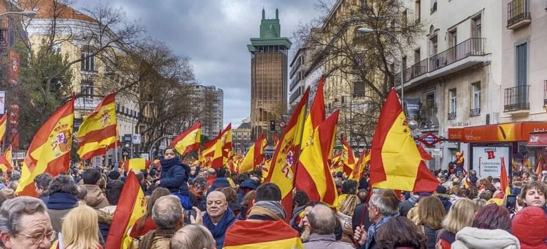 Manifestación en Madrid por la unidad de España en 2019 a la que seguro fue tu cuñado de Vox. Autor: Carabo Spain. Fuente: Pixabay