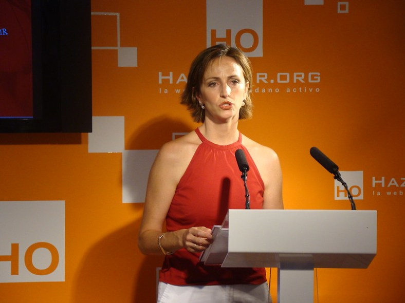 Gádor Joya, durante su intervención y declaraciones en la conferencia para los Premios HazteOir.org 2009. Autor: Hazte Oír, 3/07/2009. Fuente: Flickr (CC BY-SA 2.0)