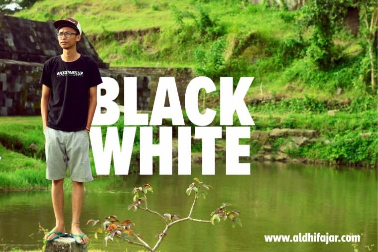 pakaian traveling hitam putih
