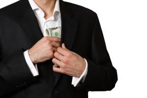 Contralora advierte sobre cumplimiento de requisitos en  los aumentos de sueldo para alcaldes
