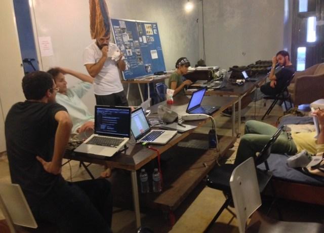 LED y hackerspaces en Beta-Local