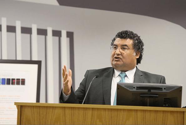 El licenciado José Nieto Mingo expuso las aportaciones del Juez Presidente en los casos de certificación interjurisdiccional.