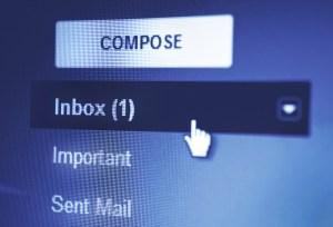Notificaciones de faltas a notarios se harán vía correo electrónico