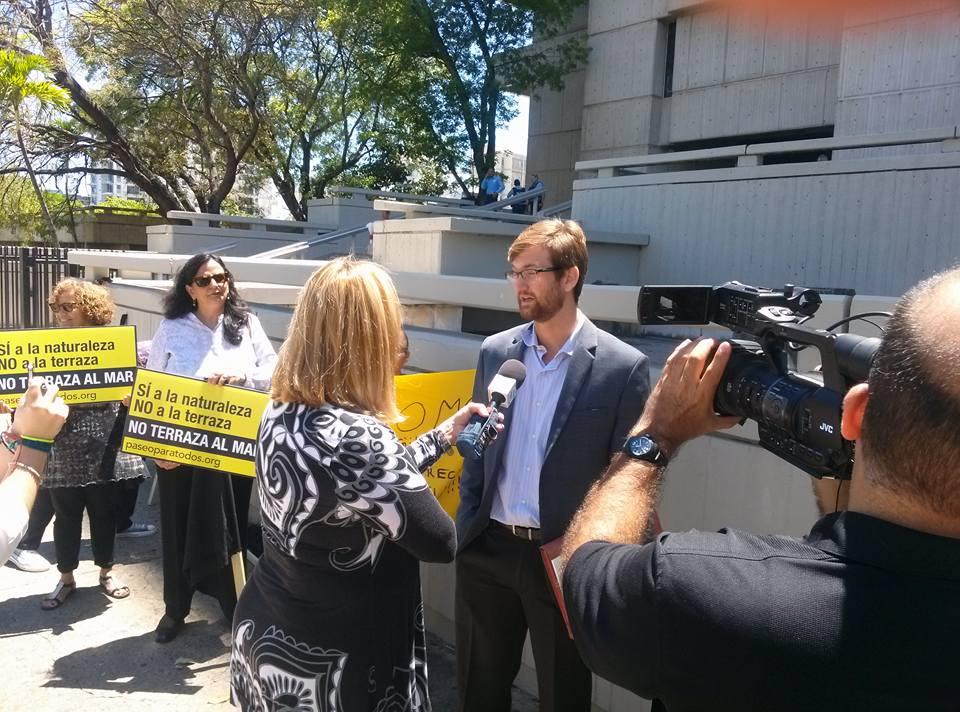 Residentes de Viejo San Juan y Puerta de Tierra demandan por Paseo de Puerta de Tierra