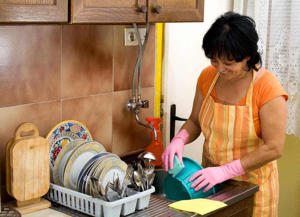 Se aprueba en Ecuador ley que reconoce el trabajo en el hogar