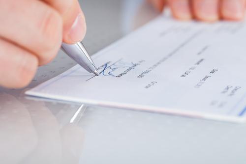Impugnaciones a contribuciones municipales sobre la propiedad deben agotar remedios administrativos, pagar fianzas conforme la ley