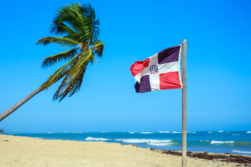 Llamado a República Dominicana a cumplir obligaciones de derecho a la nacionalidad, debido proceso migratorio