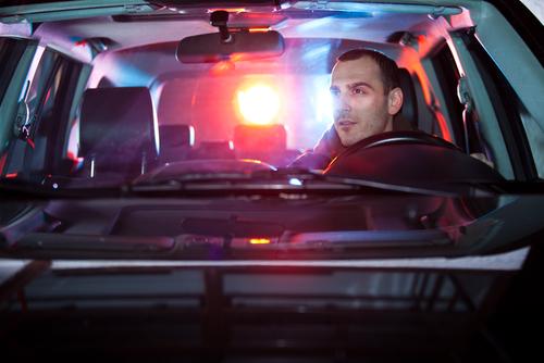 Pro Bono Política Pública Penal explica: ¿Qué hacer cuando un policía te detiene?
