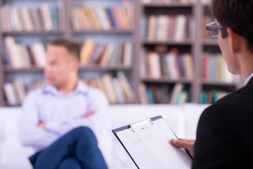 Psicólogos vuelven a tener facultad para administrar su propio examen de reválida