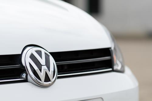 Departamento de Justicia de Estados Unidos demanda a compañía Volkswagen