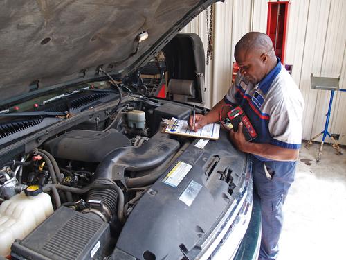 Licencia provisional para técnicos automotrices