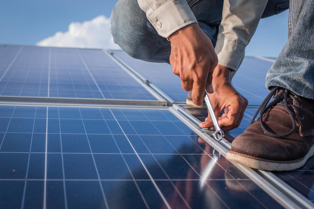 Alertan contra fraude en instalación de placas solares
