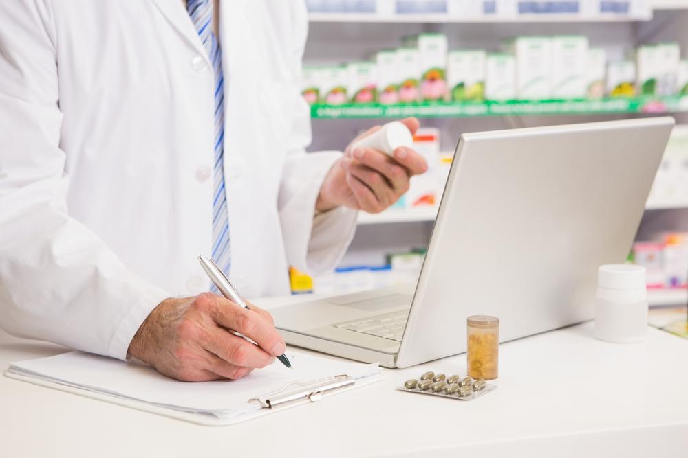 Tribunal determina que Walgreens tenía obligación legal de asistir en preautorización de medicamento