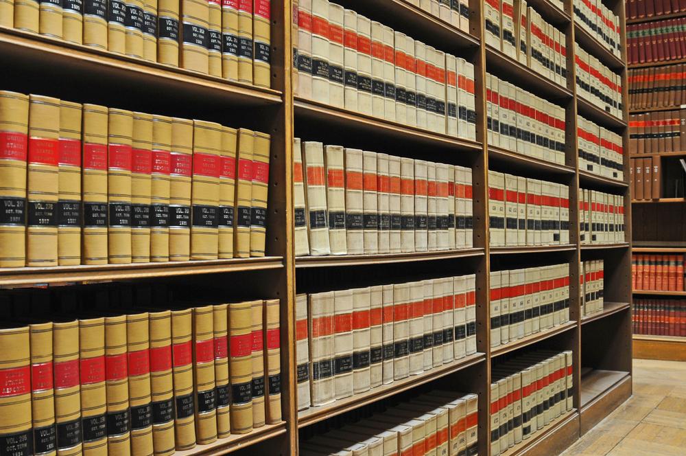 Departamento de Justicia presenta el programa «Adopte una Biblioteca Legal»
