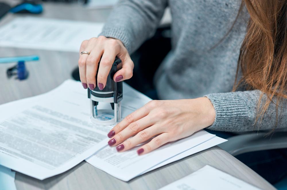notarios y notarias
