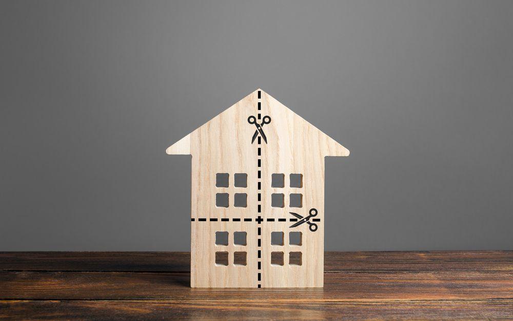 Piden atención al derecho a hogar seguro contra acreedores en el nuevo Código Civil