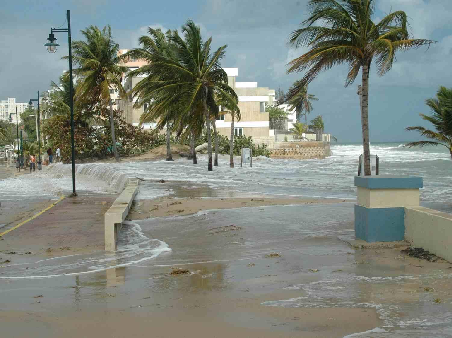 Proponen nueva ley de moratoria de construcción en la zona costanera