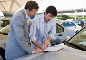 compra-de-auto-agencia-automotriz-deuda