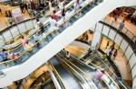 escaleras mecánicas mall consumo