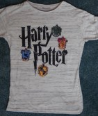 T-Shirt Harry Potter quatre maisons, 8€