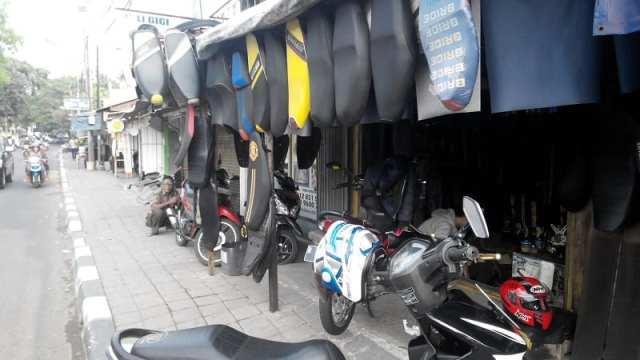 Custom Jok Motor Jakarta