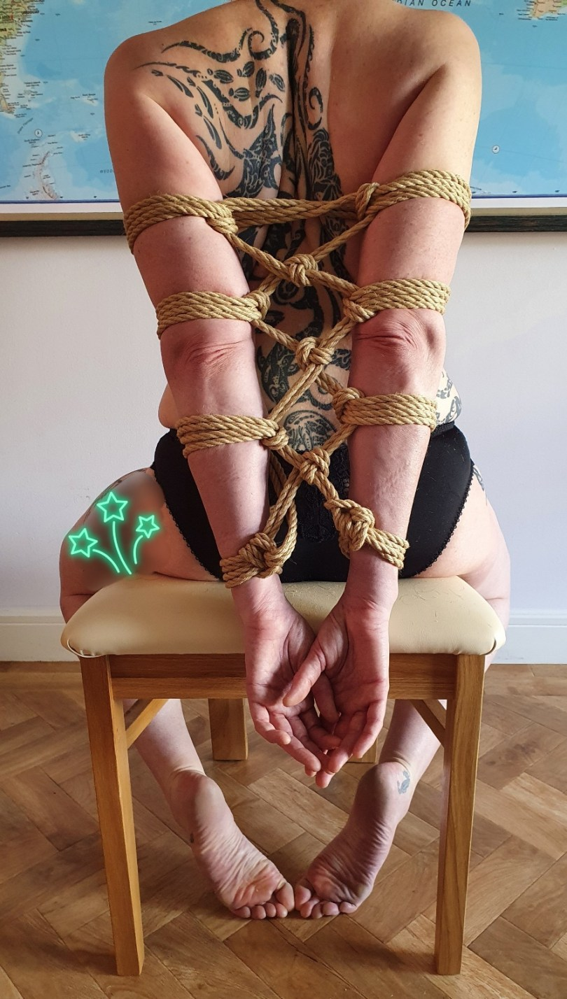 SWL in quirky quick and dirty Jojocuff arm binder