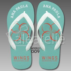 Chinelo BTS Kpop Wings